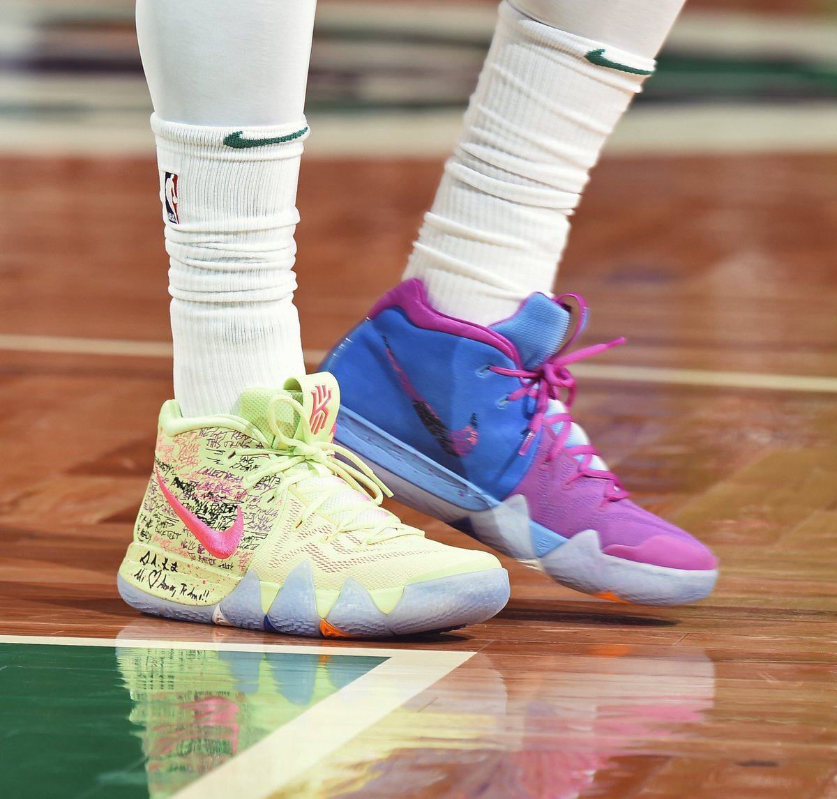 size 40 06cea 8eacc What Pros Wear: Kyrie Irving's Nike Kyrie 4 Shoes - What ...
