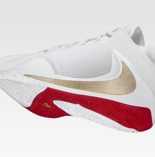 What Pros Wear Giannis Antetokounmpo S Nike Zoom Freak 2 Shoes What Pros Wear