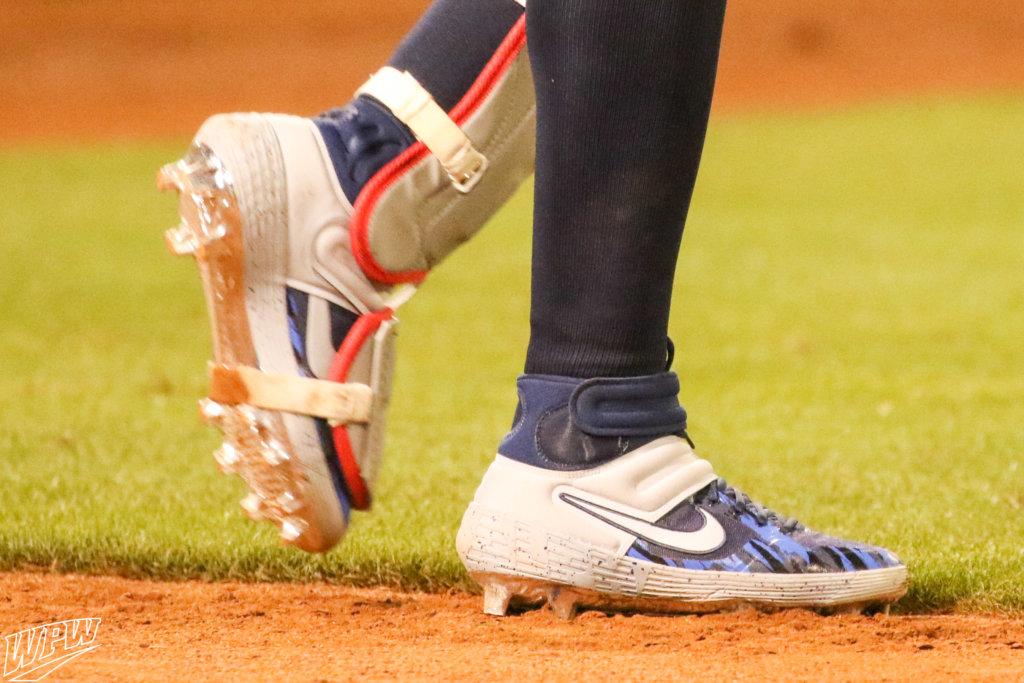 What Pros Wear: Nelson Cruz' Nike Alpha