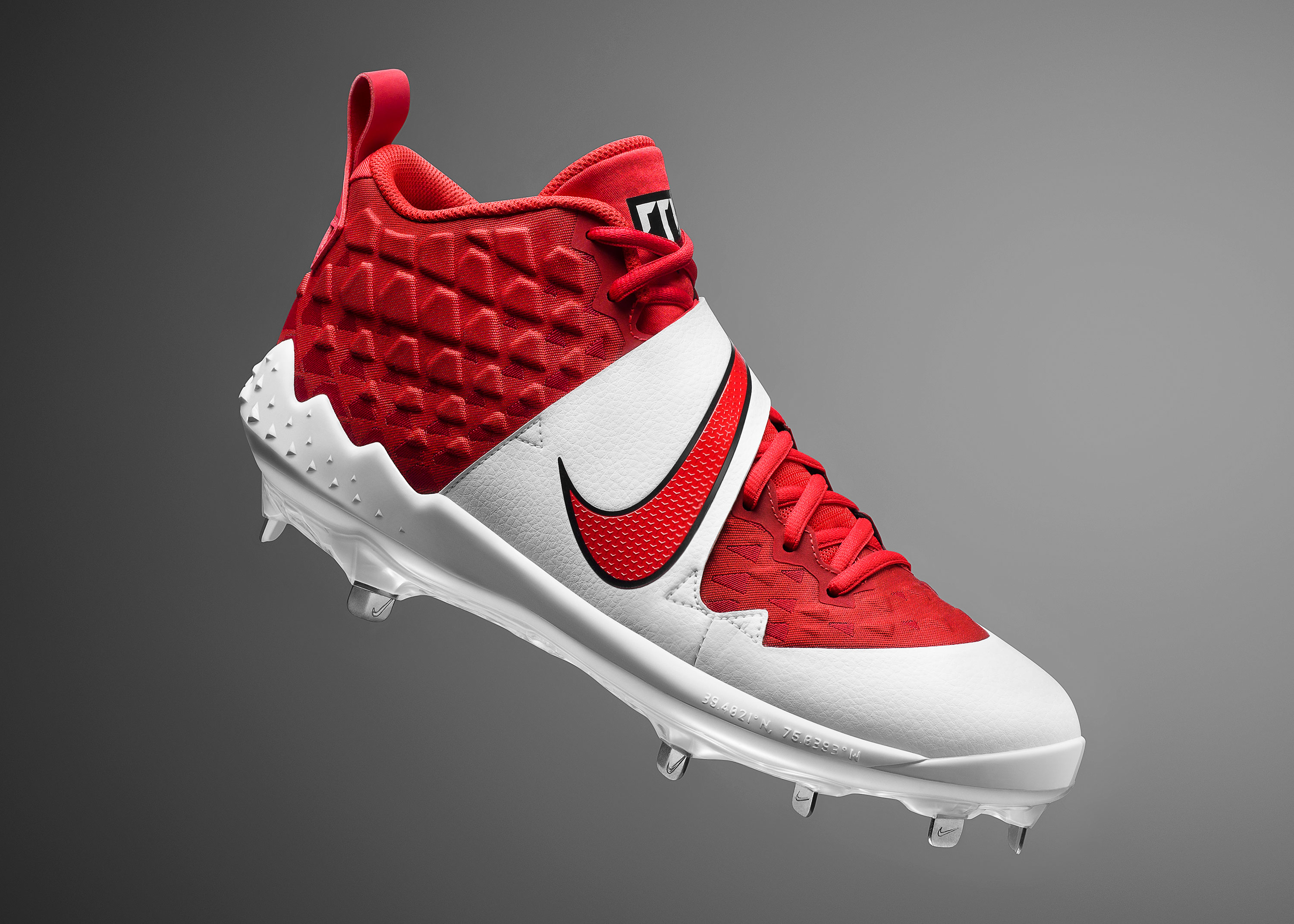 Force Zoom Trout 6 Cleats and Trainers