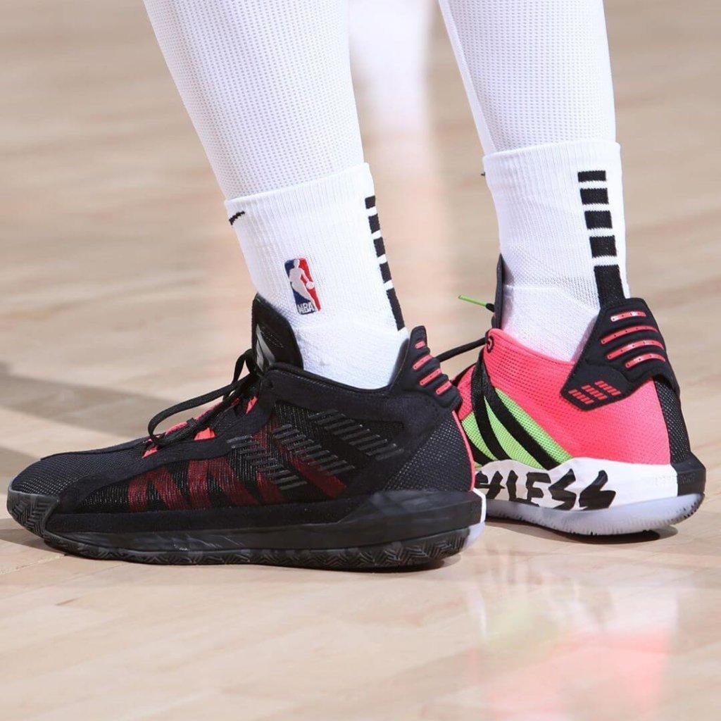 What Pros Wear Damian Lillard S Adidas Dame 6 Shoes