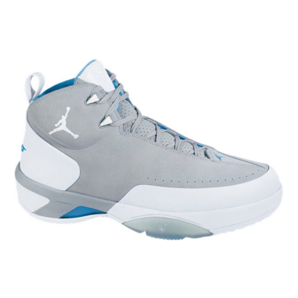 What Pros Wear: Carmelo Anthony's Jordan Melo M3 Shoes - What Pros ...